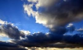 Cloud-Jing-Zhou-pixelio-520